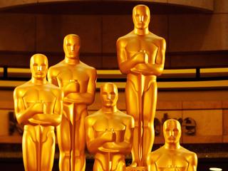 Director of Lego Movie makes his own Oscar