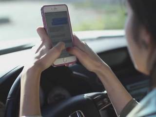 181 pulled over for texting & driving in Macomb