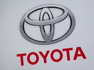 Toyota recalls 1.43 million vehicles