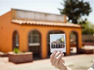 Taco Bell moving original building