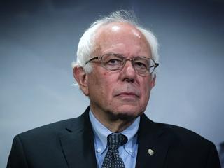 Bernie Sanders campaigns in Michigan for Clinton