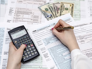 What's better: Itemize or standard tax deduction