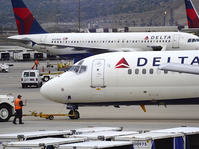 Delta flight comes in for a landing at wrong SD airport