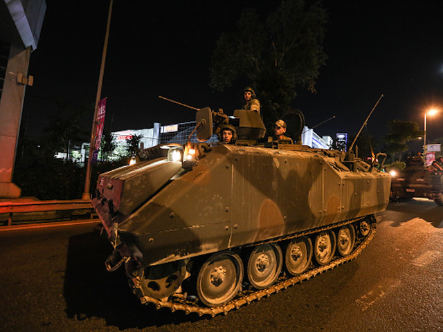 Turkey's opposition warns against post-coup witch hunt