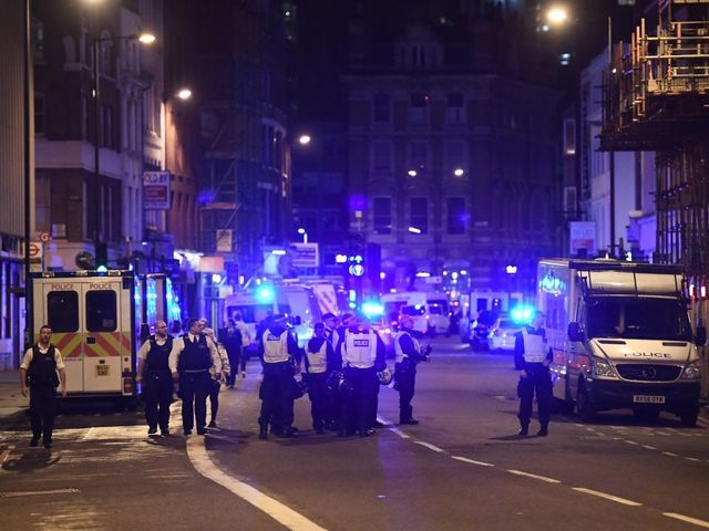 Footage shows last moments of London attack