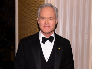 Scott Pelley signs off from 'CBS Evening News'