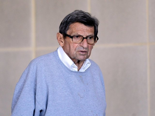 CNN report says Joe Paterno knew of prior Sandusky abuse claims