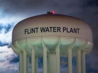 Judge tells Flint to pick long-term water source
