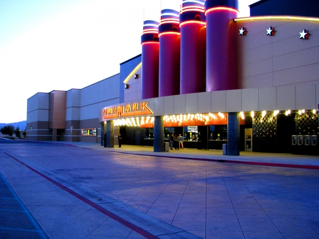Cinemark Theaters Banning Large Bags for 'Safety and Security'