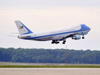 Air Force One will get a new paint scheme