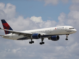 Delta issues travel waiver for MI flights Friday