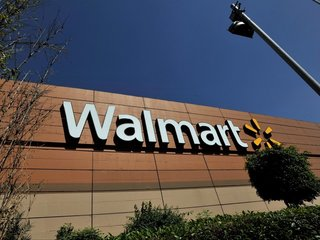 Woman gives birth inside Walmart