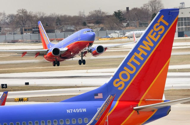 Brokerages Anticipate Southwest Airlines (LUV) Will Post Earnings of $0.77 Per Share