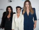 Kardashian sisters to close their DASH stores