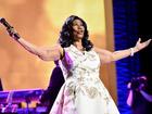 Aretha Franklin dies at 76