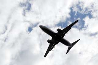 Fumes on airplanes: What's the risk?